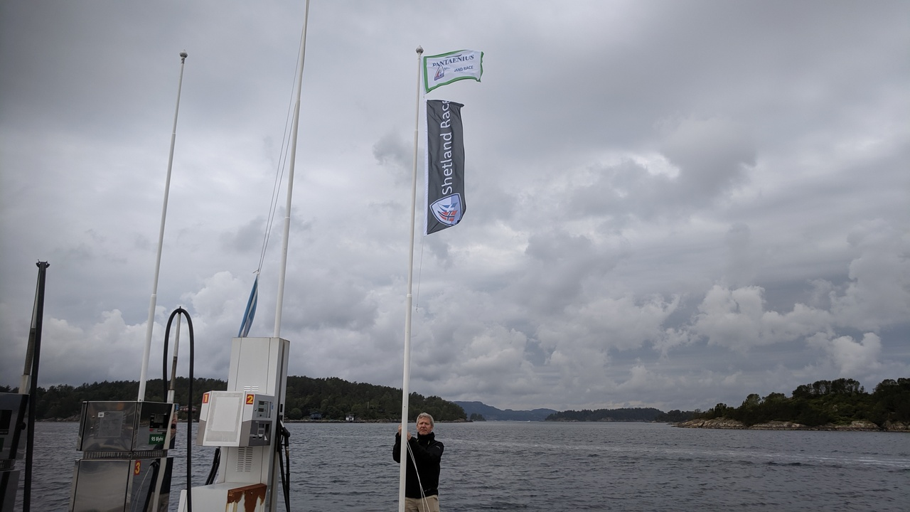 Flag hoisted at Hjellestad Marina